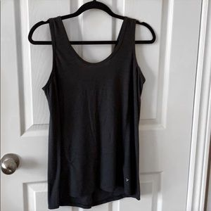 Old Navy Active Breathe On Tie Back Tank